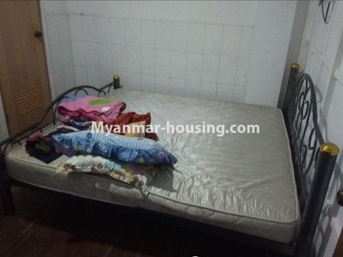 မြန်မာအိမ်ခြံမြေ - ငှားရန် property - No.4850 - မရမ်းကုန်း မုဒိုတာအိမ်ရာတွင် အိပ်ခန်းနှစ်ခန်းပါသော အခန်းငှားရန်ရှိသည်။bedroom view