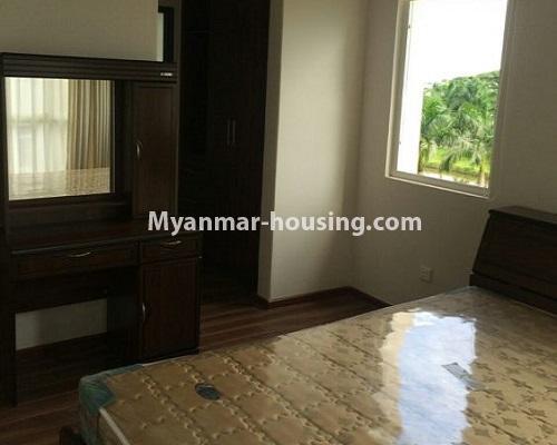 မြန်မာအိမ်ခြံမြေ - ငှားရန် property - No.4867 - Star City Condo တွင် အိပ်ခန်း သုံးခန်း ပါသည့် အခန်းကောင်း ငှားရန်ရှိသည်။another bedroom view