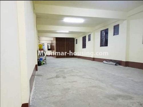 မြန်မာအိမ်ခြံမြေ - ငှားရန် property - No.4874 - သိမ်ဖြူလမ်းမပေါ်တွင် ခုနှစ်လွှာတိုက်ခန်း ငှားရန်ရှိ်သည်။hall view