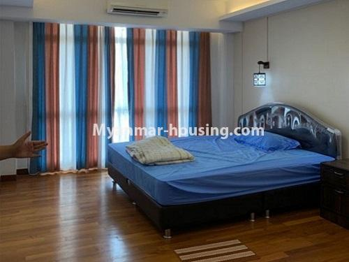 မြန်မာအိမ်ခြံမြေ - ငှားရန် property - No.4888 - Star City Condo တွင် အိပ်ခန်း လေးခန်း ပါသည့် နှစ်လွှာပေါင်းအခန်းကောင်းတစ်ခန်း ငှားရန်ရှိသည်။master bedroom view