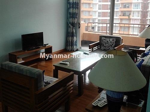 မြန်မာအိမ်ခြံမြေ - ငှားရန် property - No.4911 - သန်လျင် သီလဝါစက်မှုဇုံအနီး Star City Condo တွင် အိပ်ခန်း တစ်ခန်း ပါသည့် အခန်းကောင်း ငှားရန်ရှိသည်။anothr view of living room