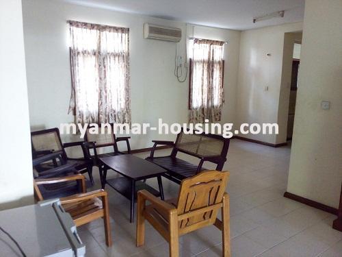 မြန်မာအိမ်ခြံမြေ - ရောင်းမည် property - No.3014 - လှိုင်သာယာမြို့နယ်တွင် လုံးချင်းအိမ်ကောင်း တစ်လုံး ရောင်းရန်ရှိပါသည်။ - View of the Living room
