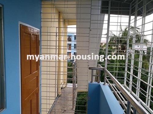 မြန်မာအိမ်ခြံမြေ - ရောင်းမည် property - No.3046 - သာကေသမြို့နယ်တွင် တိုက်ခန်းကောင်းတစ်ခန်း ရောင်းရန် ရှိပါသည်။ - View of the Veranda