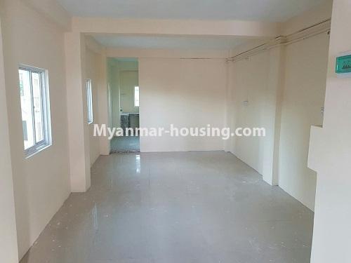 မြန်မာအိမ်ခြံမြေ - ရောင်းမည် property - No.3169 - မရမ်းကုန်းတွင် ဓာတ်လှေခါးမပါငါးလွှာ ရောင်းရန် ရှိသည်။ -
