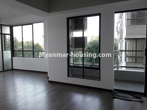 မြန်မာအိမ်ခြံမြေ - ရောင်းမည် property - No.3173 - လှိုင်မြို့နယ် လမင်း Luxury Condo တွင် ပြင်ဆင်ပြီး အခန်းတစ်ခန်း ရောင်းရန်ရှိသည်။ - anothr view of living room