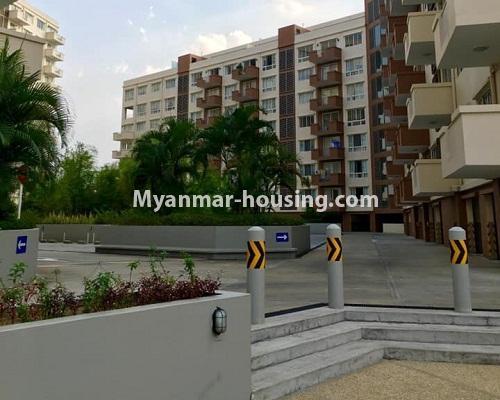 မြန်မာအိမ်ခြံမြေ - ရောင်းမည် property - No.3209 - သန်လျင် ကြယ်မြို့တော် ကွန်ဒိုတွင် အခန်းရောင်းရန် ရှိသည်။  - building view