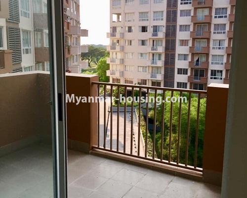 မြန်မာအိမ်ခြံမြေ - ရောင်းမည် property - No.3209 - သန်လျင် ကြယ်မြို့တော် ကွန်ဒိုတွင် အခန်းရောင်းရန် ရှိသည်။  - balcony