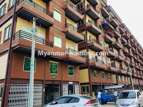 မြန်မာအိမ်ခြံမြေ - ရောင်းမည် property - No.3229 - တောင်ဒဂုံတွင် တိုက်ခန်းသစ် ငှားရန်ရှိသည်။ - building