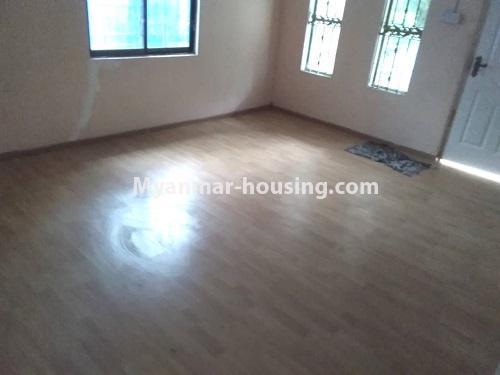 မြန်မာအိမ်ခြံမြေ - ရောင်းမည် property - No.3256 - မင်္ဂလာဒုံတွင် လုံးချင်းရောင်းရန်ရှိသည်။  - living room