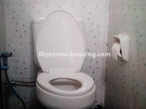 မြန်မာအိမ်ခြံမြေ - ရောင်းမည် property - No.3256 - မင်္ဂလာဒုံတွင် လုံးချင်းရောင်းရန်ရှိသည်။  - compound toilet