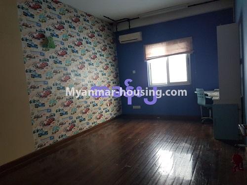 မြန်မာအိမ်ခြံမြေ - ရောင်းမည် property - No.3284 - ရေကျော်ဈေး အနီးတွင် တိုက်ခန်းကျယ်တစ်ခန်း ရောင်းရန်ရှိသည်။ - single bedroom 1