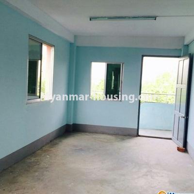 မြန်မာအိမ်ခြံမြေ - ရောင်းမည် property - No.3287 - သင်္ဃန်းကျွန်းတွင် တိုက်ခန်းသစ် ရောင်းရန်ရှိသည်။ - living room area