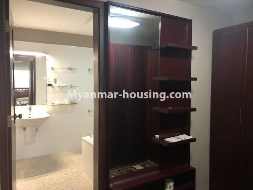 ミャンマー不動産 - 売り物件 - No.3305 - Nice condominium room with beautiful decoration for sale in Dagon! - bathroom 1