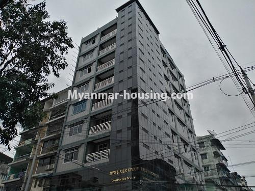 缅甸房地产 - 出售物件 - No.3320 - New Penthouse room for sale in Ahlone! - building view