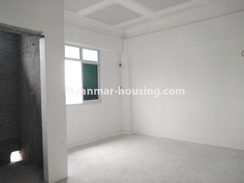缅甸房地产 - 出售物件 - No.3320 - New Penthouse room for sale in Ahlone! - master bedroom