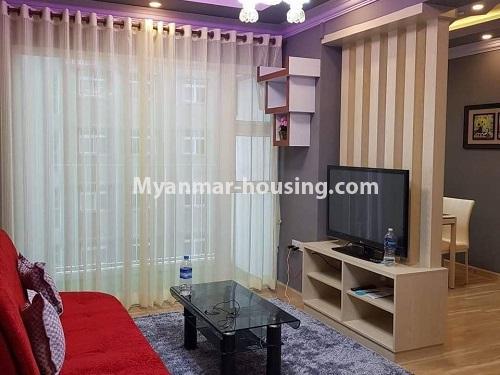 မြန်မာအိမ်ခြံမြေ - ရောင်းမည် property - No.3324 - ဒဂုံဆိပ်ကမ်း ဧရာချမ်းသာ ကွန်ဒိုတွင် အခန်းရောင်းရန် ရှိသည်။ - living room