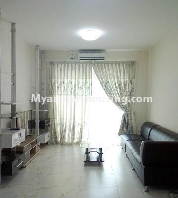 မြန်မာအိမ်ခြံမြေ - ရောင်းမည် property - No.3331 - သန်လျင်တွင် ပြင်ဆင်ပြီး ပရိဘောဂပါသော အိပ်ခန်းတစ်ခန်းပါသော ကွန်ဒိုခန်း ရောင်းရန်ရှိသည်။ - living room view