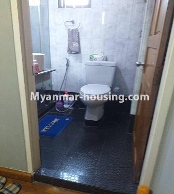 မြန်မာအိမ်ခြံမြေ - ရောင်းမည် property - No.3382 - လှိိုင် ခပေါင်းအိမ်ရာတွင် အခန်းရောင်းရန်ရှိသည်။ - bathroom view