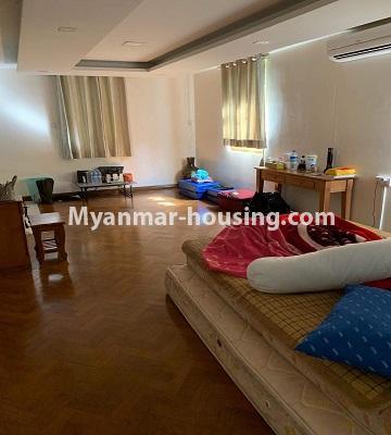 မြန်မာအိမ်ခြံမြေ - ရောင်းမည် property - No.3386 - သန်လျင်တွင် လုံးချင်းအိမ်တစ်လုံး ရောင်းရန်ရှိသည်။ - master bedroom view
