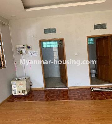 မြန်မာအိမ်ခြံမြေ - ရောင်းမည် property - No.3386 - သန်လျင်တွင် လုံးချင်းအိမ်တစ်လုံး ရောင်းရန်ရှိသည်။ - common bathroom and toilet view