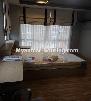 မြန်မာအိမ်ခြံမြေ - ရောင်းမည် property - No.3390 - သန်လျင်တွင် ပြင်ဆင်ပြီး အိပ်ခန်းသုံးခန်းနှင်ပရိဘောဂပါသော ကွန်ဒိုခန်း ရောင်းရန်ရှိသည်။ - master bedroom view