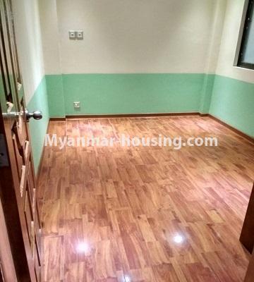 မြန်မာအိမ်ခြံမြေ - ရောင်းမည် property - No.3396 - ကျောက်တံတားမြို့နယ် Ruby 36 ကွန်ဒိုတွင် အခန်းရောင်းရန်ရှိသည်။ - another single bedroom view