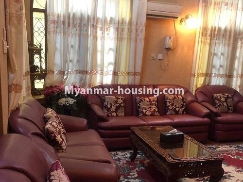 မြန်မာအိမ်ခြံမြေ - ရောင်းမည် property - No.3397 - ဗဟန်း ရွေှတောင်ကြားတွင် အိမ်နှစ်လုံး ရောင်းရန်ရှိသည်။ - another view of living room