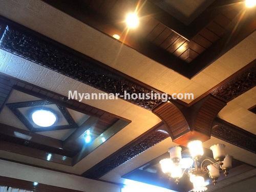မြန်မာအိမ်ခြံမြေ - ရောင်းမည် property - No.3397 - ဗဟန်း ရွေှတောင်ကြားတွင် အိမ်နှစ်လုံး ရောင်းရန်ရှိသည်။ - ceiling view