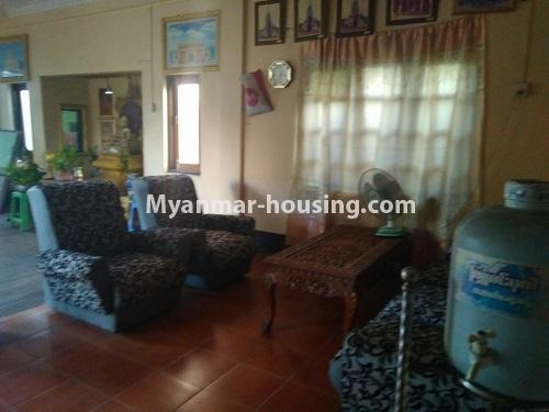 မြန်မာအိမ်ခြံမြေ - ရောင်းမည် property - No.3415 - လှိုင်သာယာ F.M.I City အနီးတွင် နှစ်ထပ်အိမ် လုံးချင်းတစ်လုံး ရောင်းရန်ရှိသည်။ - living room view