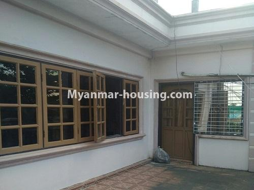 မြန်မာအိမ်ခြံမြေ - ရောင်းမည် property - No.3415 - လှိုင်သာယာ F.M.I City အနီးတွင် နှစ်ထပ်အိမ် လုံးချင်းတစ်လုံး ရောင်းရန်ရှိသည်။ - house view