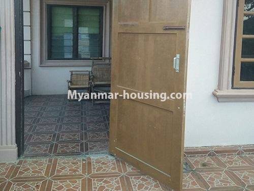 မြန်မာအိမ်ခြံမြေ - ရောင်းမည် property - No.3415 - လှိုင်သာယာ F.M.I City အနီးတွင် နှစ်ထပ်အိမ် လုံးချင်းတစ်လုံး ရောင်းရန်ရှိသည်။ - downstairs view