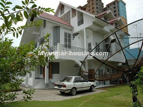 Myanmar real estate - for sale property - No.3423 - Lovely Half and Three Storey Landed House for sale in Tarmway! - house and compound view