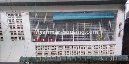 မြန်မာအိမ်ခြံမြေ - ရောင်းမည် property - No.3469 - စမ်းချောင်းတွင် မြေညီထပ်နှင့် ပထမထပ် ရောင်းရန်ရှိသည်။ - front view of upstairs