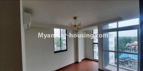 မြန်မာအိမ်ခြံမြေ - ရောင်းမည် property - No.3472 - မရမ်းကုန်းတွင် အိပ်ခန်းနှစ်ခန်းပါသော ကွန်ဒိုခန်းအသစ် ရောင်းရန်ရှိသည်။ - living room area view