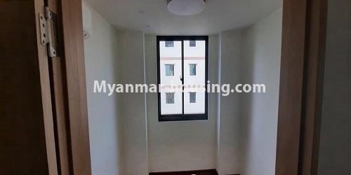 မြန်မာအိမ်ခြံမြေ - ရောင်းမည် property - No.3472 - မရမ်းကုန်းတွင် အိပ်ခန်းနှစ်ခန်းပါသော ကွန်ဒိုခန်းအသစ် ရောင်းရန်ရှိသည်။ - bedroom view
