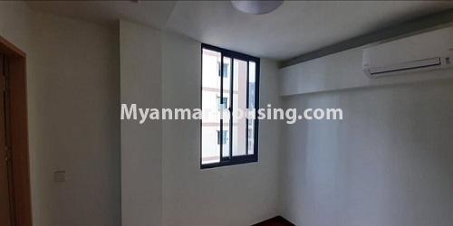 မြန်မာအိမ်ခြံမြေ - ရောင်းမည် property - No.3472 - မရမ်းကုန်းတွင် အိပ်ခန်းနှစ်ခန်းပါသော ကွန်ဒိုခန်းအသစ် ရောင်းရန်ရှိသည်။ - another bedroom view